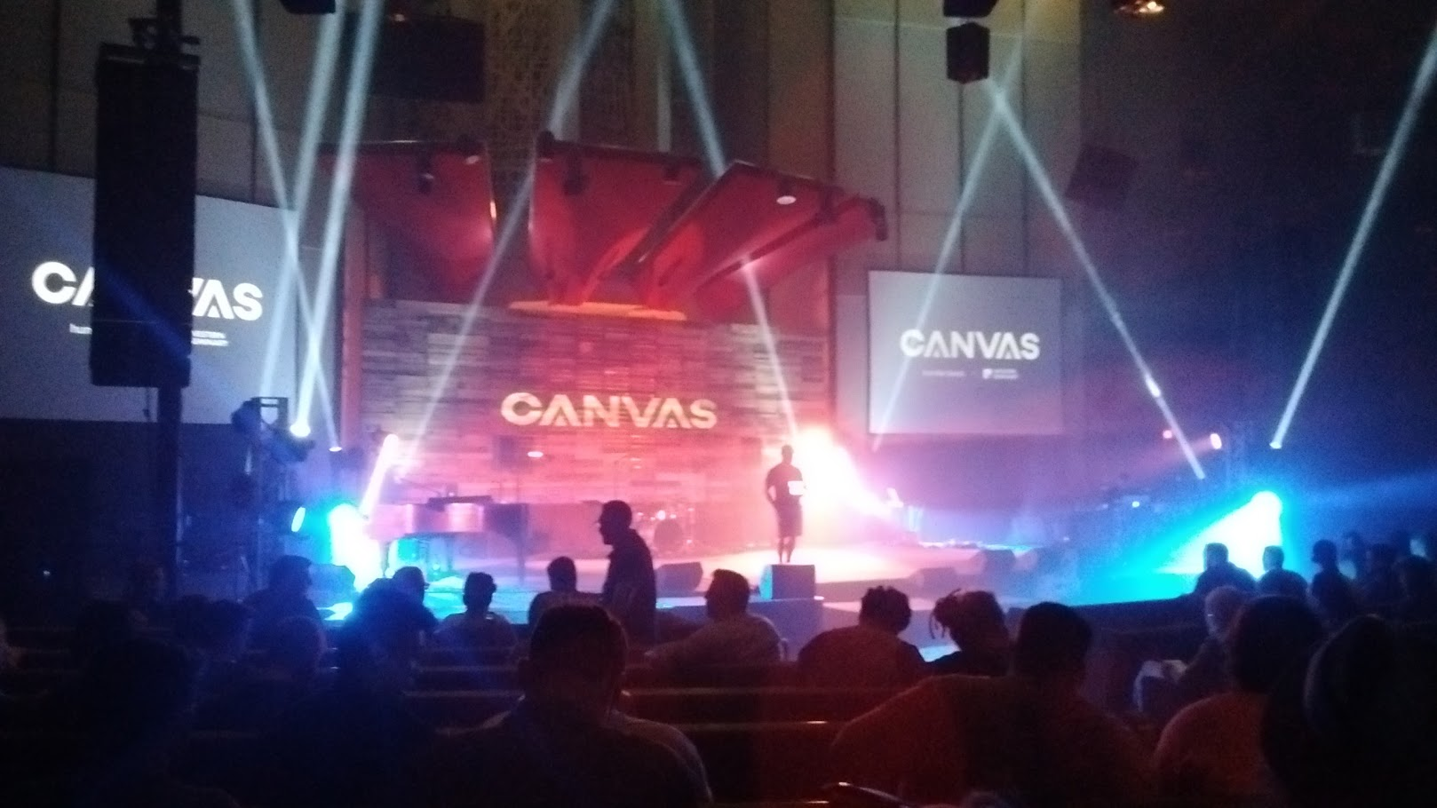 canvas-conference-stage
